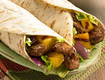 smoky pork and mango fajitas